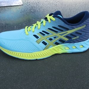 Asics FuseX running shoes size 10.5 Blue GUC